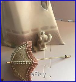 Lladro Figurine #4563 Edwardian Couple Lady with Parasol and Dog Beautiful