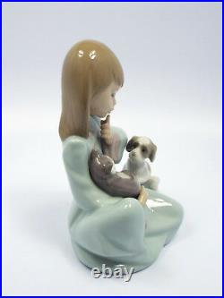 Lladro Figurine #5640 Cat Nap, Girl Holding Sleeping Cat with Dog, with box