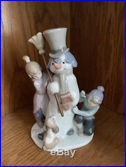 Lladro Figurine #5713 The Snowman, Boy Girl & Dog around Snowman, Mint Hand Made