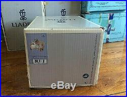 Lladro Figurine 5735 Big Sister Girls With Dog On Couch Original Box
