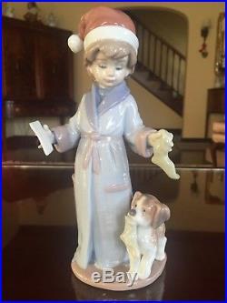 Lladro Figurine #6166 Dear Santa Boy with Santa Hat, Letter & Dog MINT