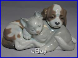 Lladro Figurine, 6599 Bosom Buddies (dog & cat), tallH $320 V