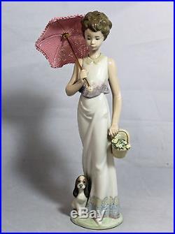 Lladro Figurine, 7617 Garden Classic (Parasol, dog), 9H $425 V MIB