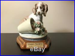 Lladro Figurine #7672 It Wasn't Me! Dog with Flower Pot, with base 1998 Retired