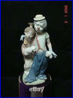 Lladro Figurine #7686 Pals Forever Clown Young Girl With Dogs