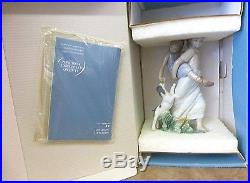 Lladro Figurine 8353 Oh Happy Days, Girls At Play, Dog, Children