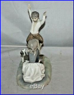 Lladro Figurine Boy And Girl On Teeter Totter Seesaw With Dog #4867