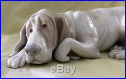 Lladro Figurine Dog Old Dog Hound