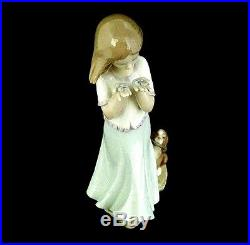 Lladro Figurine Little Girl with Dog Whispering Breeze Model #8121