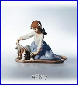 Lladro Figurine Number 5688 Dogs Best Friend Retired 2005 MINT/BOXED