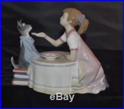 Lladro Figurine TEA TIME #9197- Girl with Dog Serving Tea F Polope- MINT