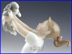 Lladro Figurine THE BEST OF FRIENDS GIRL WITH PUPPY DOG #8032 Retired Mint Box