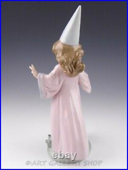Lladro Figurine UNDER MY SPELL GIRL WITH WAND AND PUPPY DOG #6170 Retired Mint
