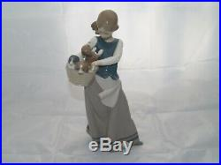 Lladro GIRL WITH PUPPIES Figurine #1311G Girl Dogs Basket Glazed Retired