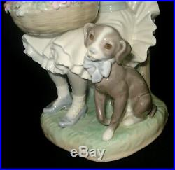 Lladro Girl With Flowers & Dog Porcelain Figurine # 1088 Retired 1989