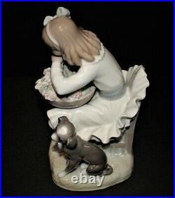 Lladro Girl with Dog Flower Basket Porcelain Figurine #1088, Gloss Finish