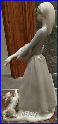 Lladro Girl with Goose and Dog #4866 (Retired) Used-Flawless Condition