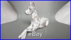 Lladro Great Dane Dog 1068 Figurine