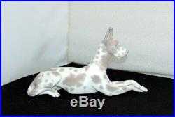 Lladro Great Dane Dog Figurine 1068 Retired