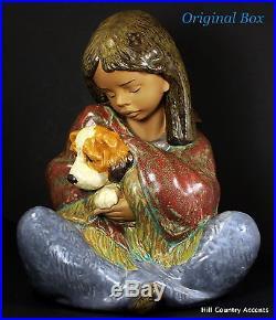 Lladro Gres Loyal Companion #12391- Girl Sitting Holding A Dog $735 Mib