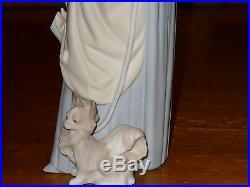 Lladro Lady With Dog & Umbrella 14