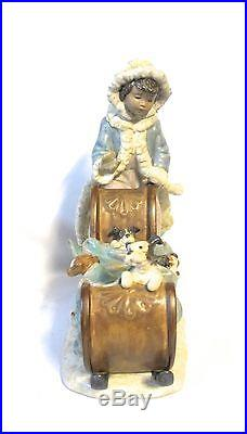 Lladro Lovely Figure Girl with puppy dogs in a sled ceramic porcelain (#878)