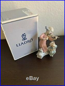 Lladro Music For a Dream 01006900 Clown playing his violin for a young girl, dog