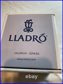 Lladro My Favorite Companion 6985