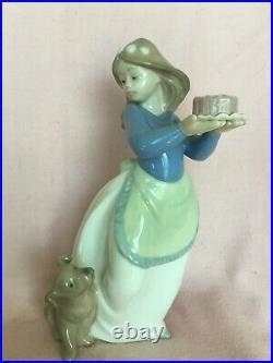 Lladro Nao Birthday Girl with Cake for Dog Porcelain Figurine /Original box