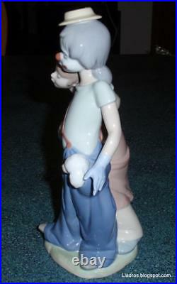 Lladro Pals Forever Clown With Puppy Dogs Figurine #7686 Cute Collectible GIft