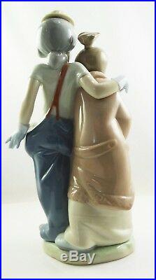 Lladro Pals Forever Clown with Puppy Dogs Figurine # 7686 Collector's Society sf