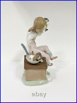 Lladro Pick of the Litter 7621 Porcelain Figurine Girl with Dog & Puppies BOX