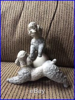 Lladro Playful Dogs Figurine #1258 Poodles With Ball Matte Finish PERFECT Dogs