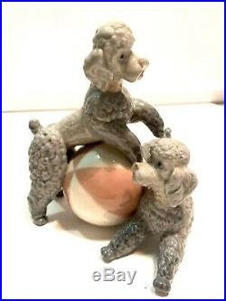 Lladro Playing Dogs RETIRED Collectible #1258 MINT CONDITION