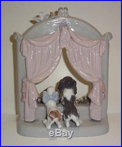 Lladro Please Come Home #6502 Sweet Dogs Mint Condition