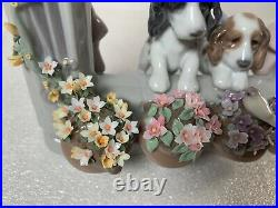 Lladro Please Come Home Puppy Dogs in Window +Flowers Gloss Finish Figurine 6502