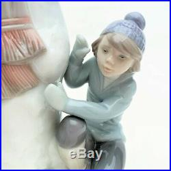 Lladro Porcelain Figurine #5713'The Snow Man' with Children & Dog with Box