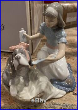 Lladro Porcelain Figurine Take Your Medicine (Nurse & Dog)