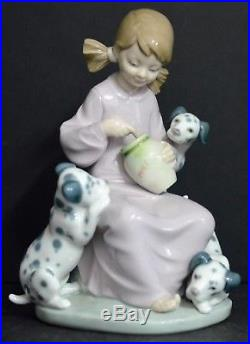 Lladro Porcelain Spain Honey Lickers 1248 Miel Girl Dogs Dalamatian Mint Retored