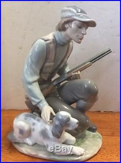 Lladro Porcelain figurine The Sportsman #6096 withDog & Gun Retired