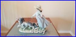 Lladro Privilege Puppy Parade #6784 Girl Walking Dogs In Original Box