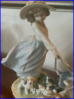 Lladro Puppy Parade 6784 Girl With Dogs Figurine