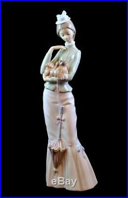 Lladro Retired Large Figurine #4893 A Walk With Dog Lady With A Parasol Mint