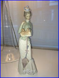 Lladro Retired Woman with Pekinese Dog and Parasol Mint Condition WOB