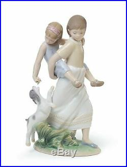 Lladro Retired girls sisters dogs 01008353 OH HAPPY DAYS 8353 in original Box