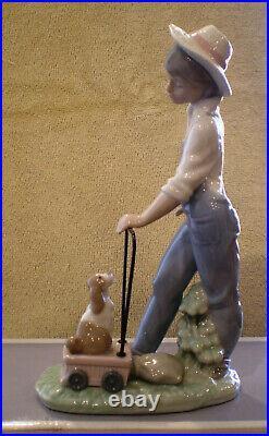 Lladro SATURDAYS CHILD #6021 Child Boy & Puppy Dog Retired