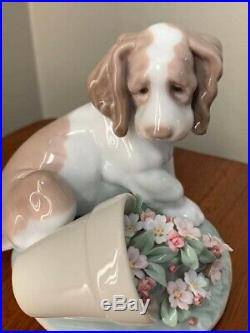 Lladro Society It Wasn't Me Spaniel Dog with Flower Pot- RETIRED-#7672