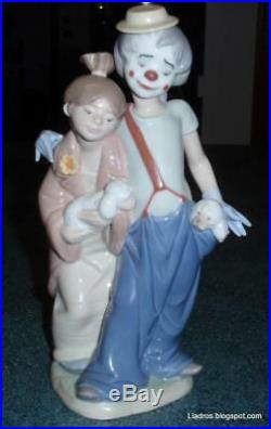 Lladro Society Pals Forever Clown With Puppy Dogs Figurine #7686 Glossy Finish