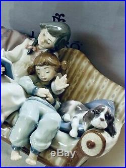 Lladro Splendid Large Figure Children And Dog On Sofa, Number 5735