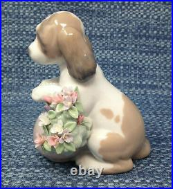 Lladro Take Me Home 6574 Dog with Flowers Figurine 4.25 EUC in Box